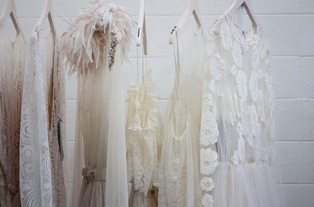 4 Tips For Styling a White Lace Dress