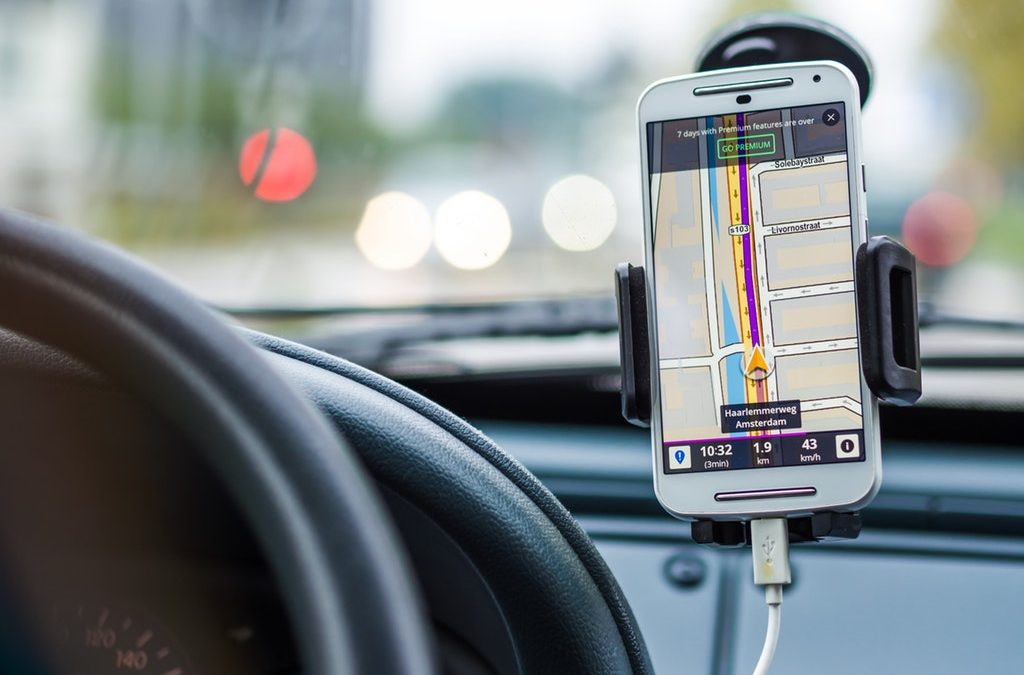 Benefits of a Portable GPS Tracker For Your Delivery Business